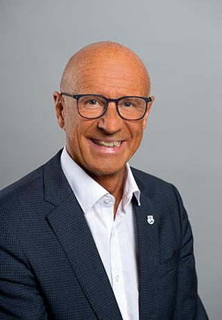 Portrait des Verbandsvorsitzenden Landrat Gerhard Bauer